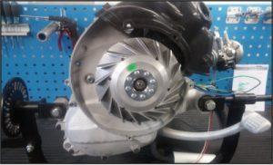 revidierter Smallframe Motor aus einer Vespa V50 welcher mit glasperlen gestrahlt wurde