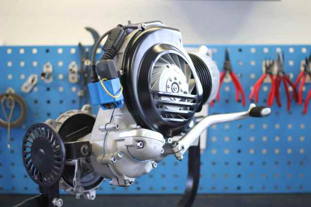 Motor einer Vespa PX 200 nach der Revision mit neuwertiger Optik