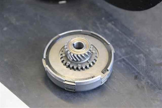 Kupplung einer PX 125 ausgebaut mit sicherungsring revidiert neuwertig