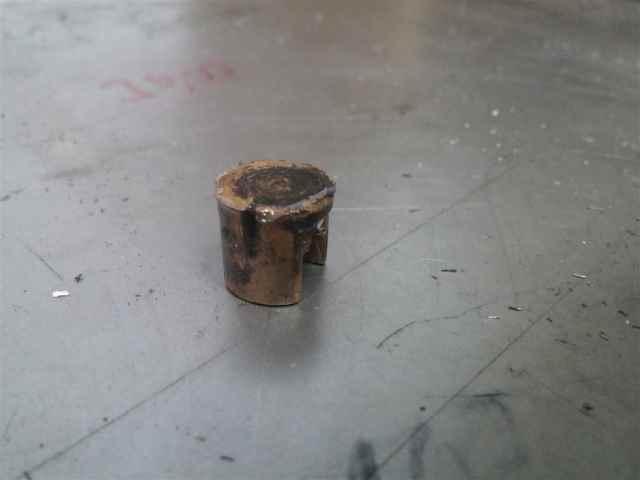 Trennpilz einer Vespa der verschlissen ist weil er nicht genug Öl bekommen hat