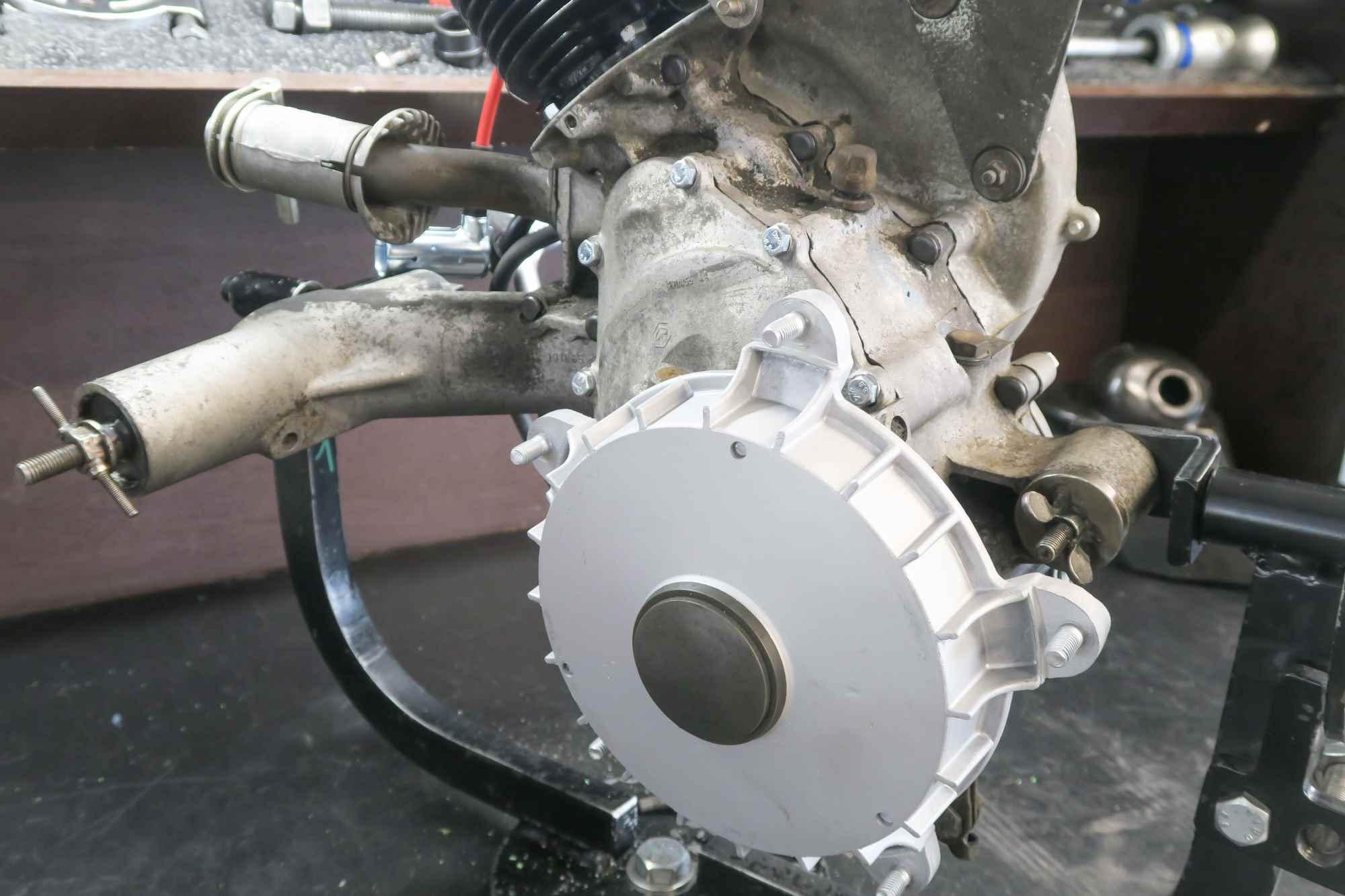 Bremstrommel neu am Vespa PK50 Motor