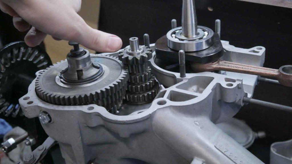 Getriebe Vespa GTR 125 komplett montiert mit Nebenwelle und Abtriebswelle