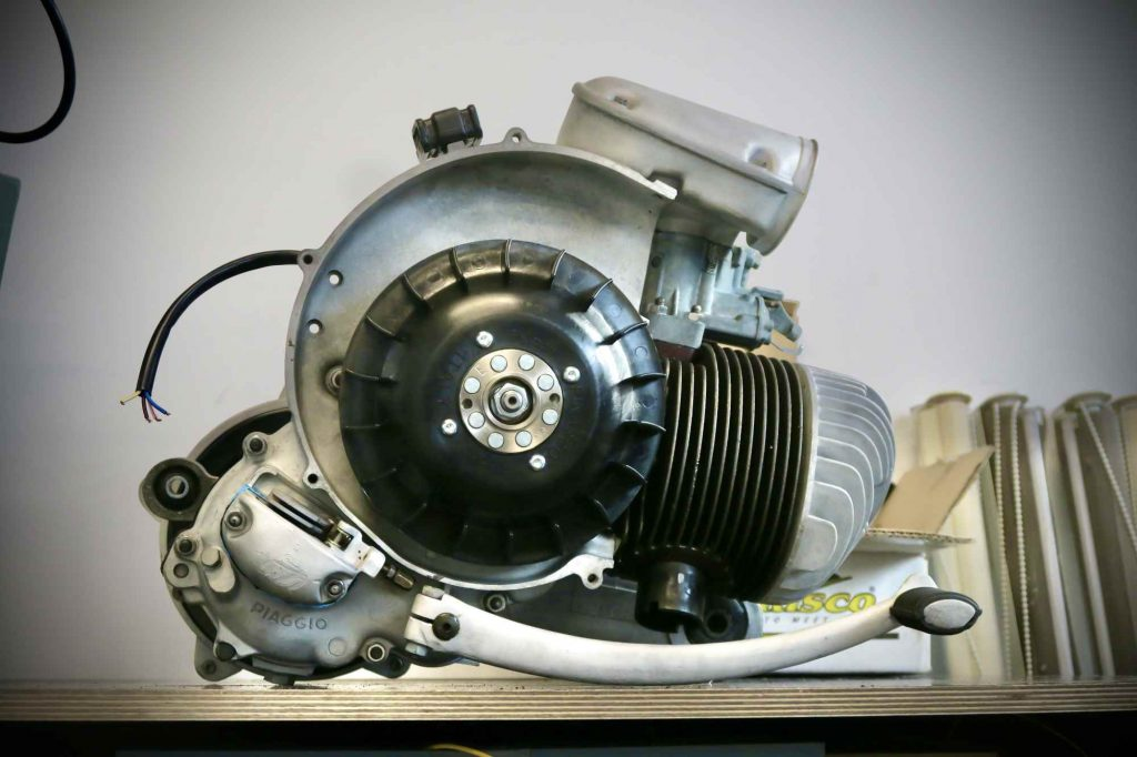 Motor Vespa 160 GS komplett montiert