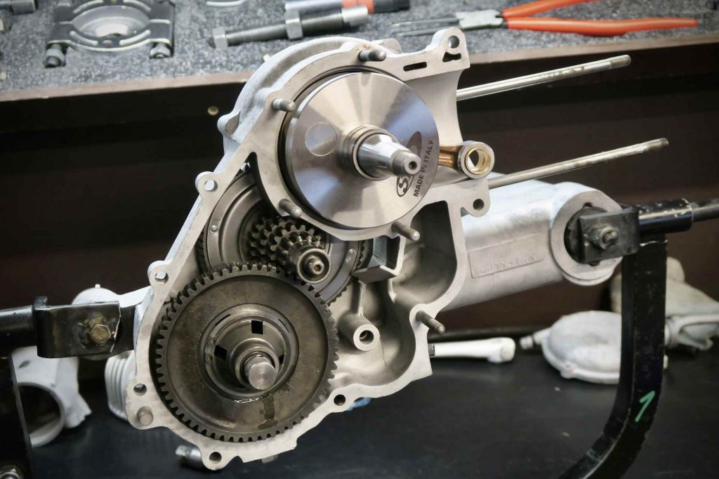 Vespa 180 SS Motor offen mit Getriebe und Kurbelwelle