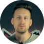 Alexander Schuchmann Profilbild 100 x 100 mit rotem Hemd