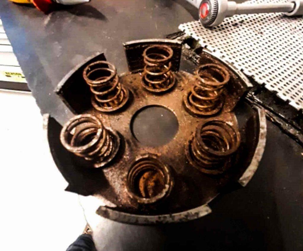 Kupplung massiv verrostet Vespa VBB Motor