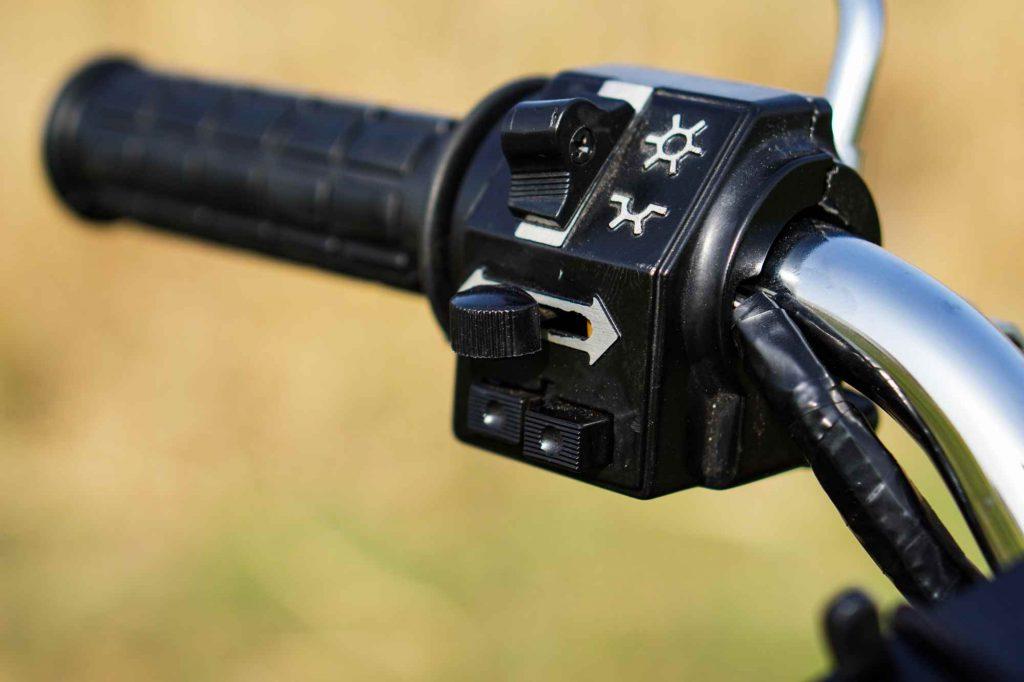 Lichtschalter Blinkerschalter Hupe Lenker Simson S51