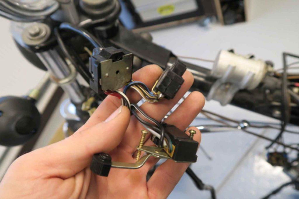 Neue Schalter einlöten Simson S51