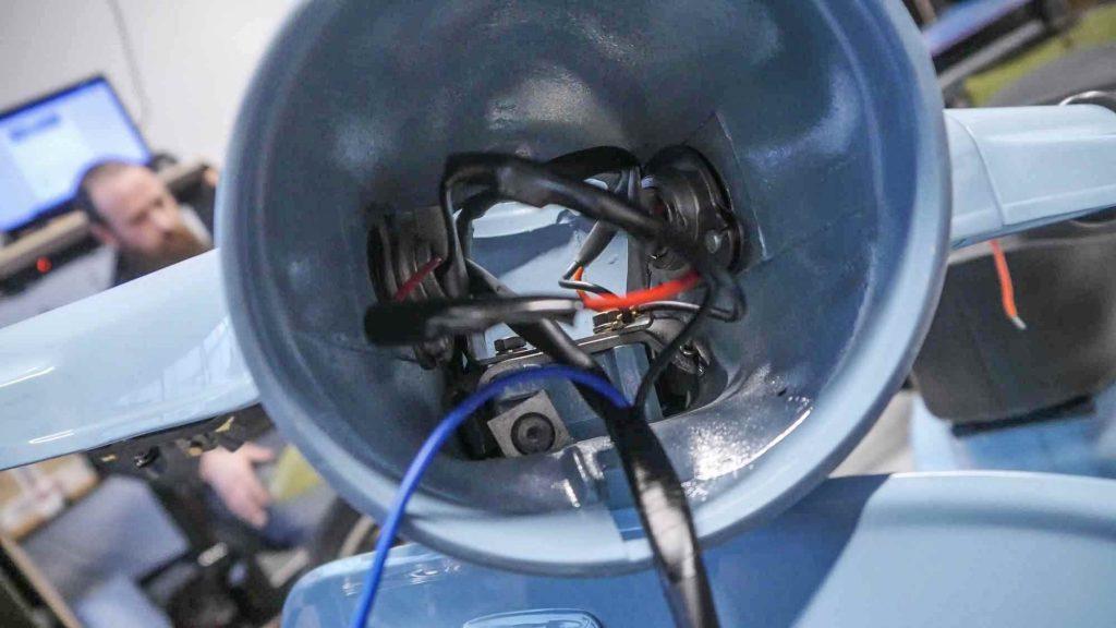 Vespa V50 Rundlicht Lenker innen Züge und Kabel