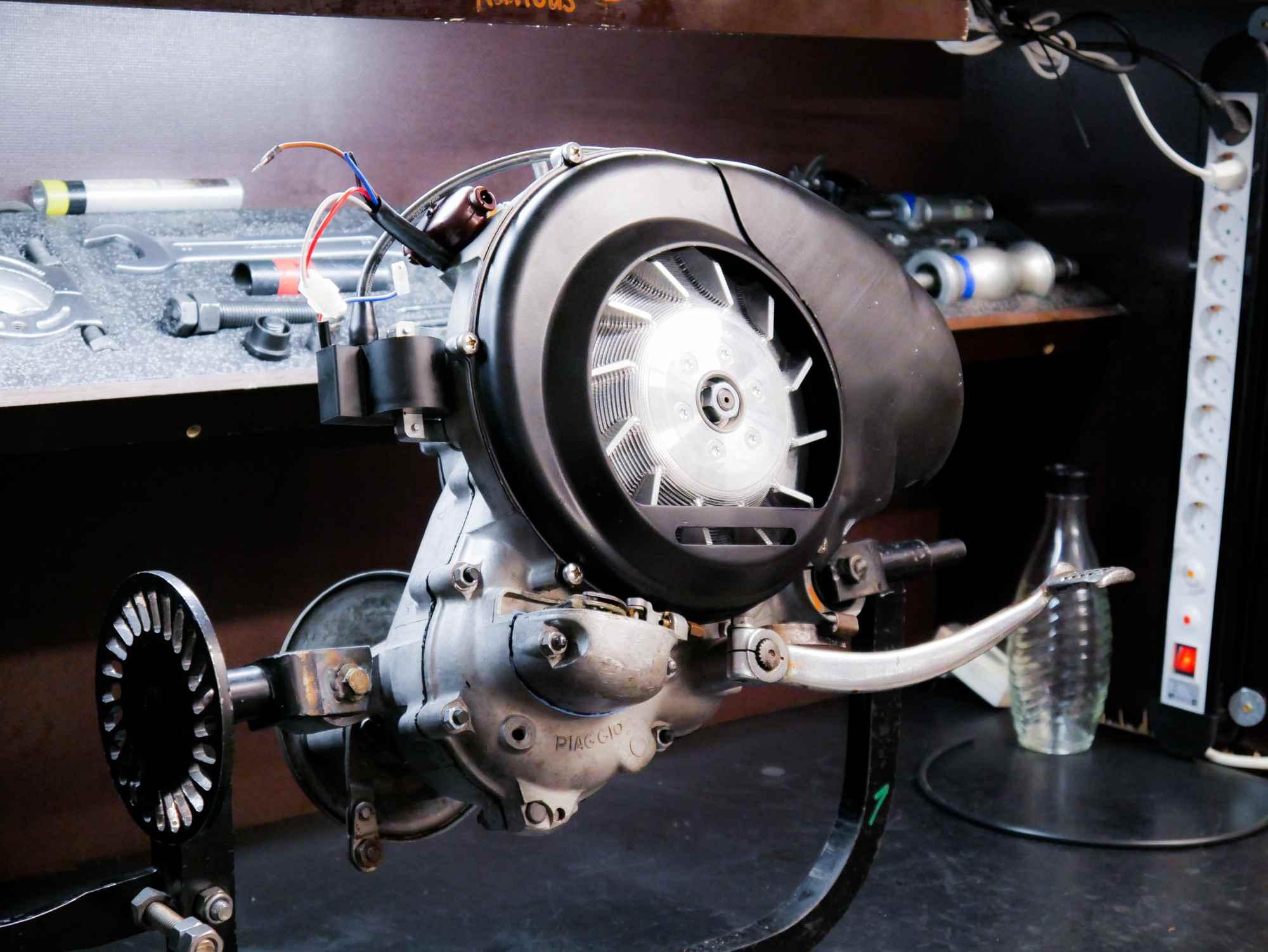 Vespa VBB Motor nach Motorrevision mit Tuning und Elektronikzündung