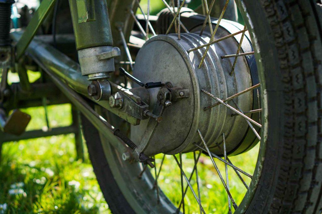 Hinterrad Bremse Schwinge MZ ETZ 250