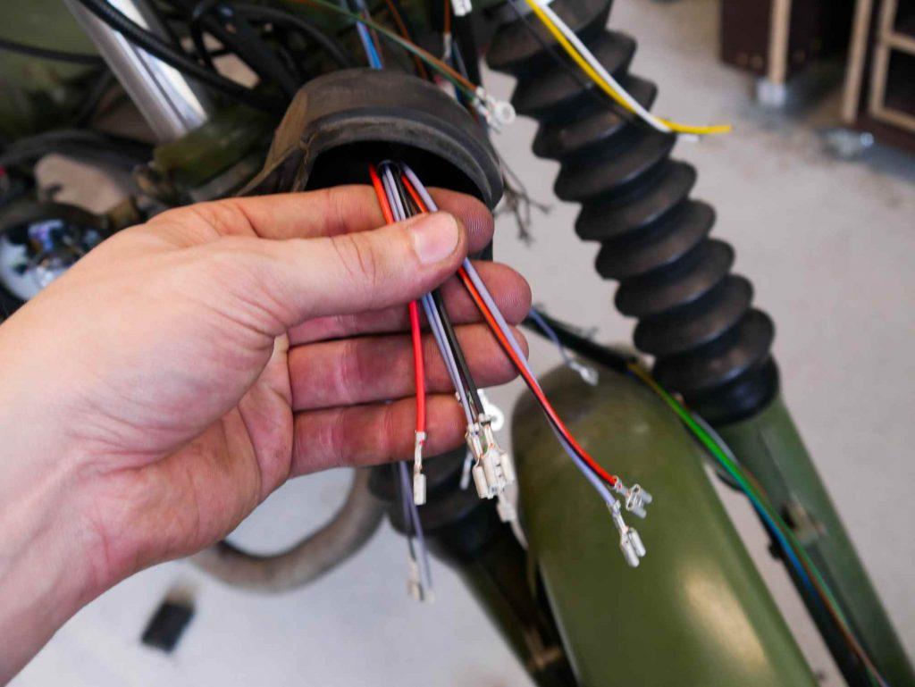Kabel zum Zündschloss an der MZ ETZ 250
