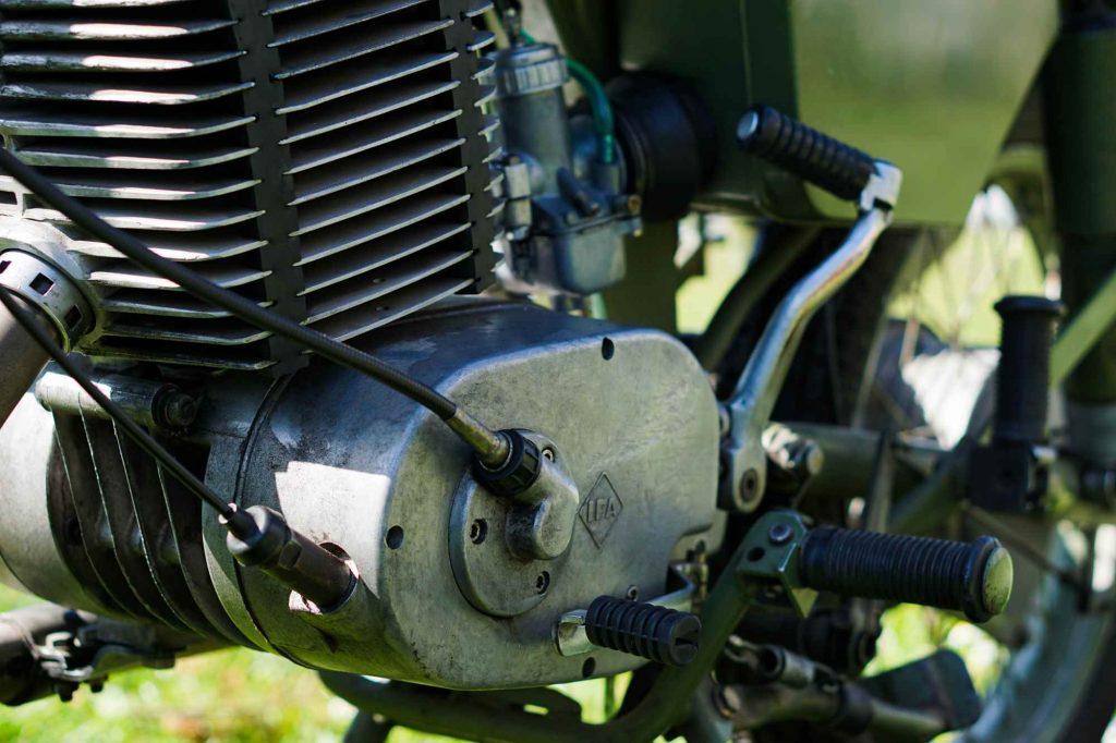 MZ ETZ 250 Motor mit Drehzahlmesseranschluss