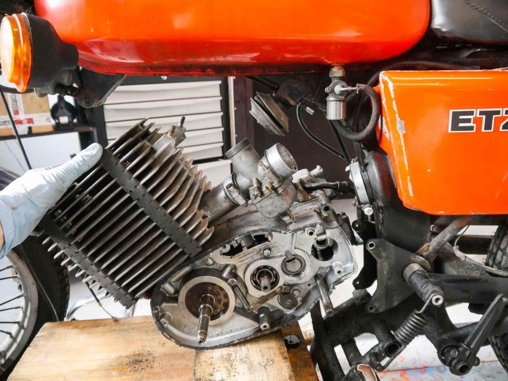 Motor ausbauen MZ ETZ 250