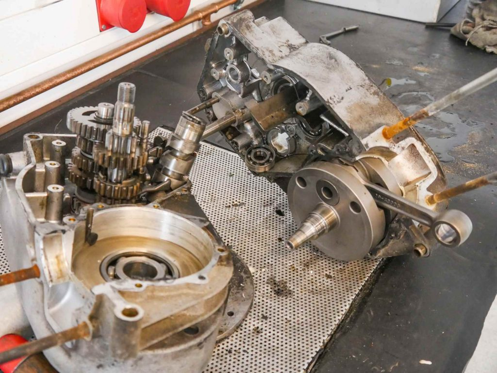 Motor gespalten zerlegt MZ ETZ 250
