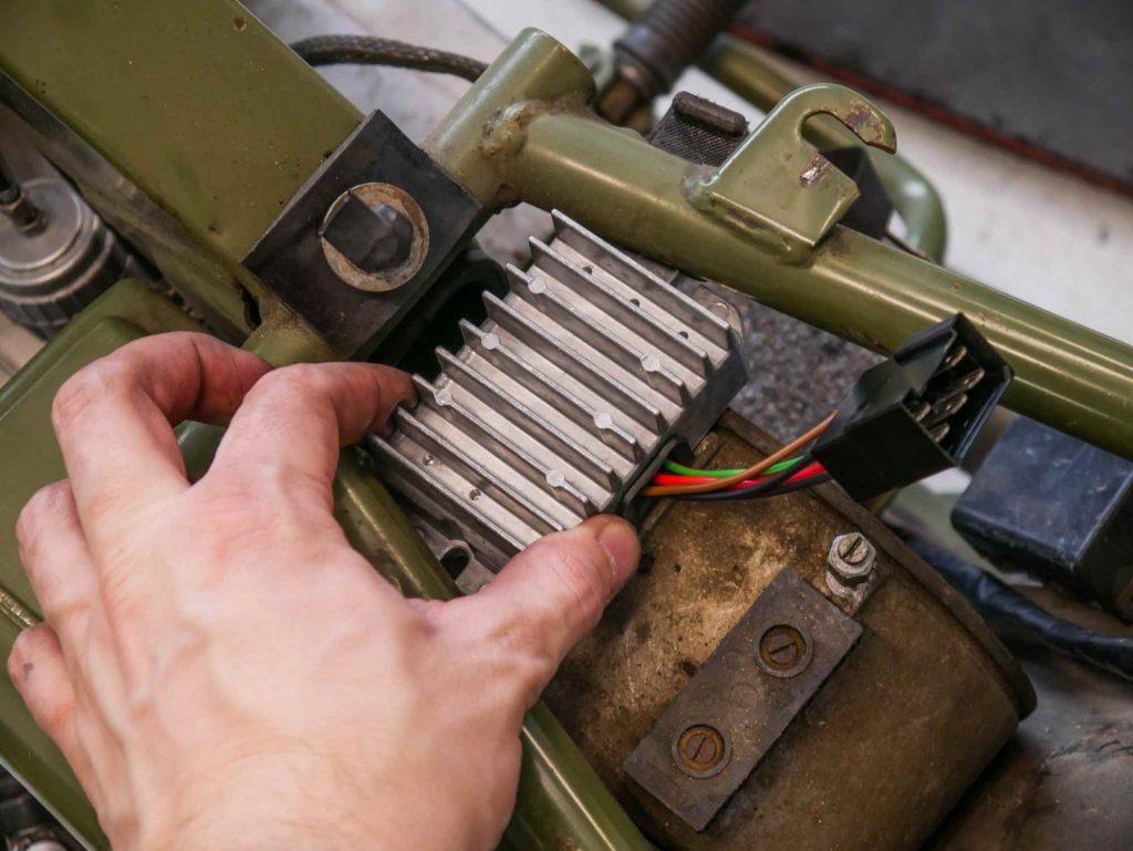 Neuer 12V Elektrik Regler für die Vape an der MZ ETZ 250