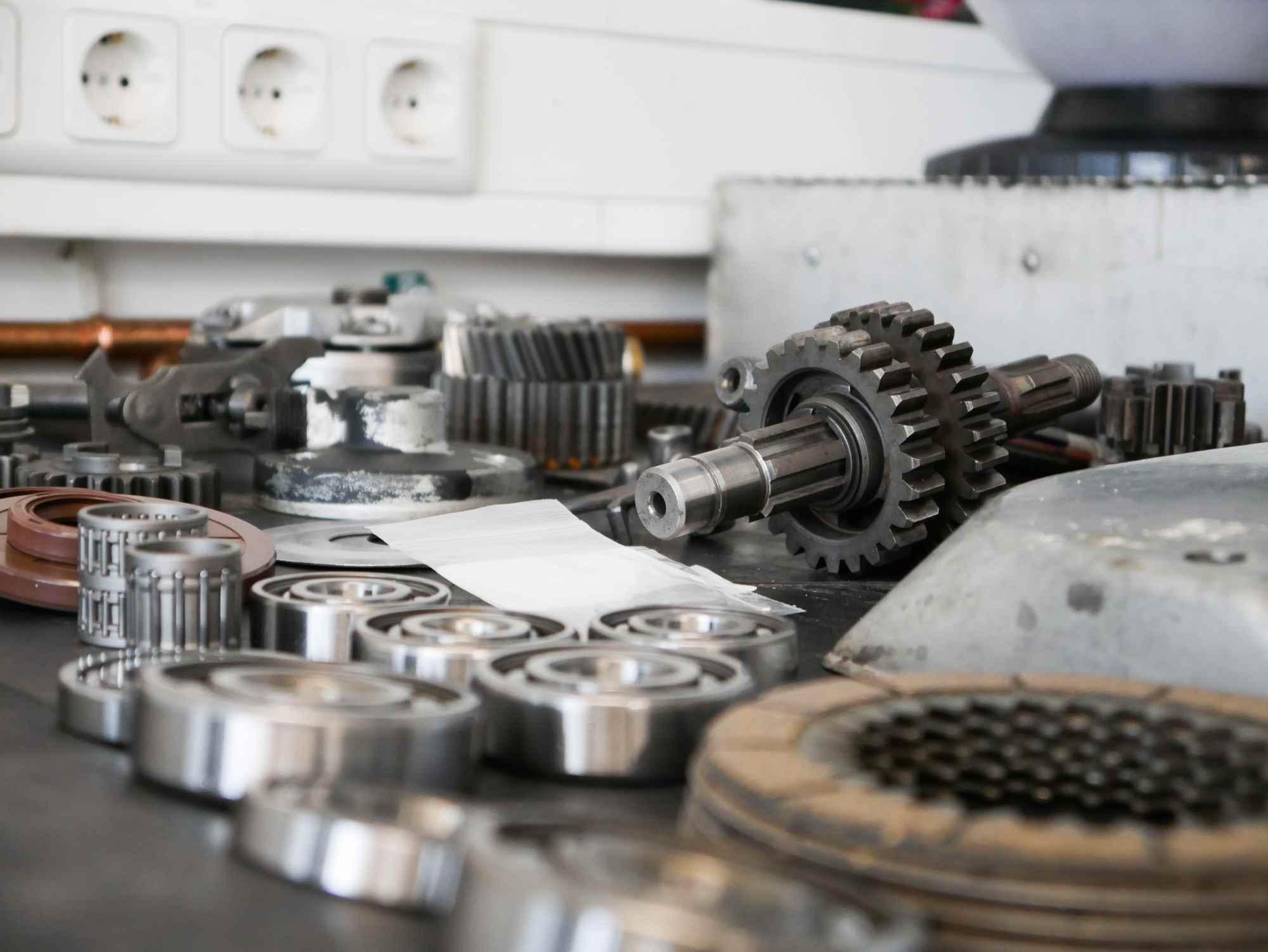 Neuteile für die MZ ETZ 250 Motorregeneration
