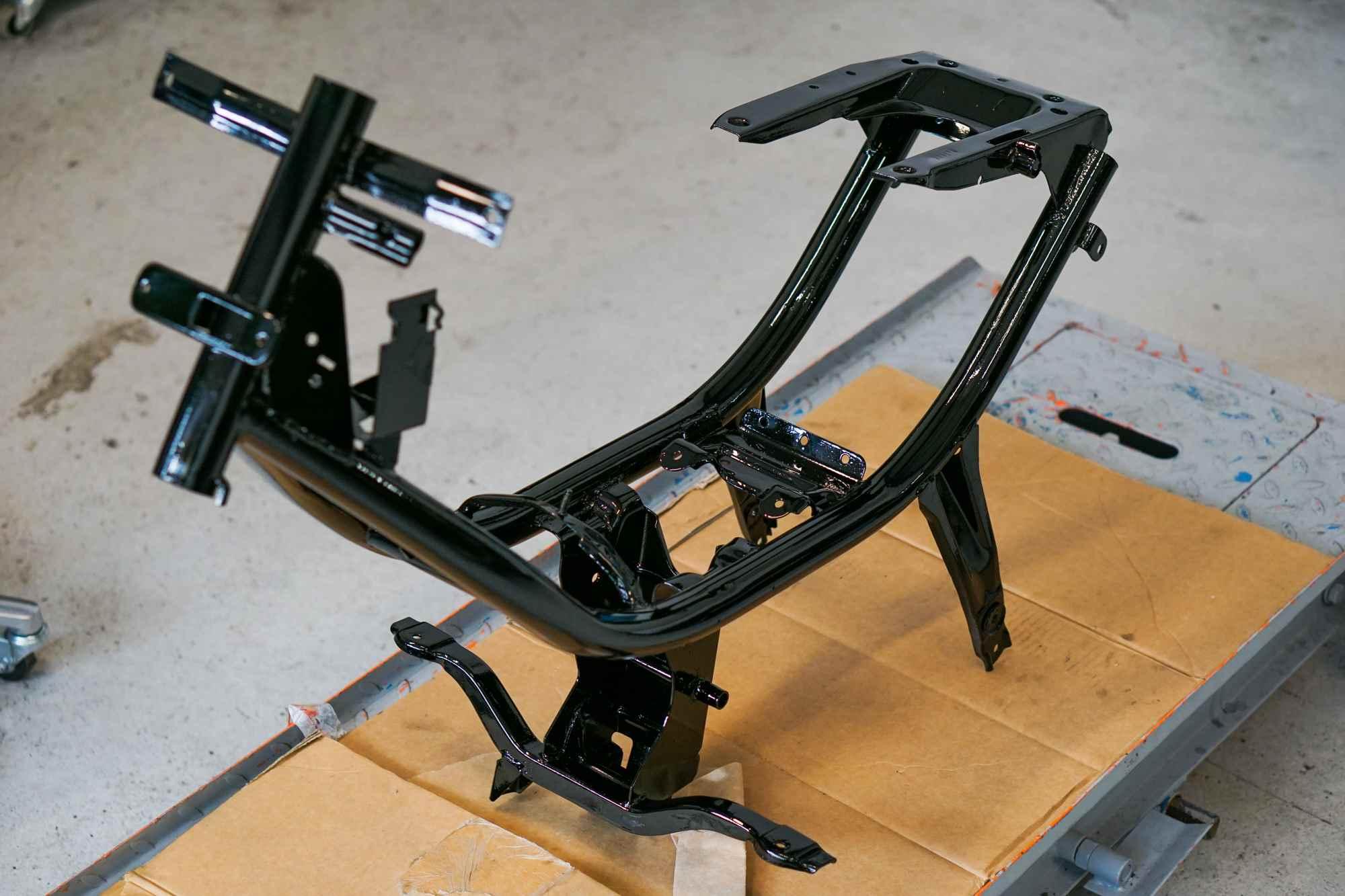 Rahmen Simson Schwalbe lackiert schwarz hochglanz