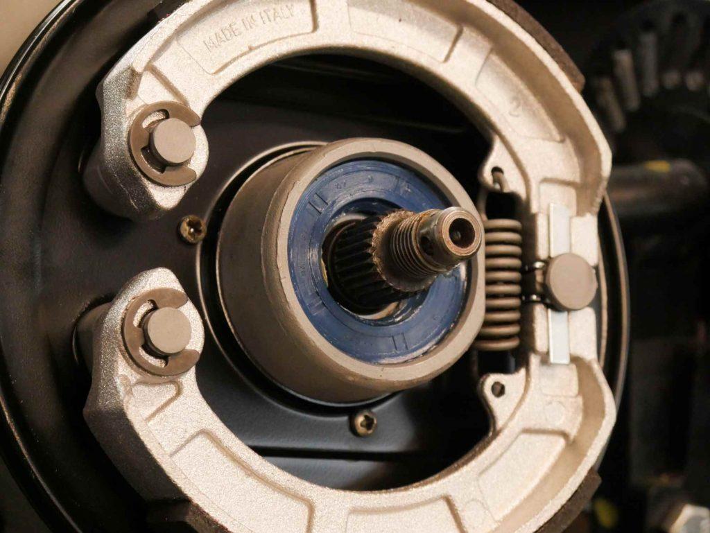 Bremse komplett montiert Vespa Hinterrad