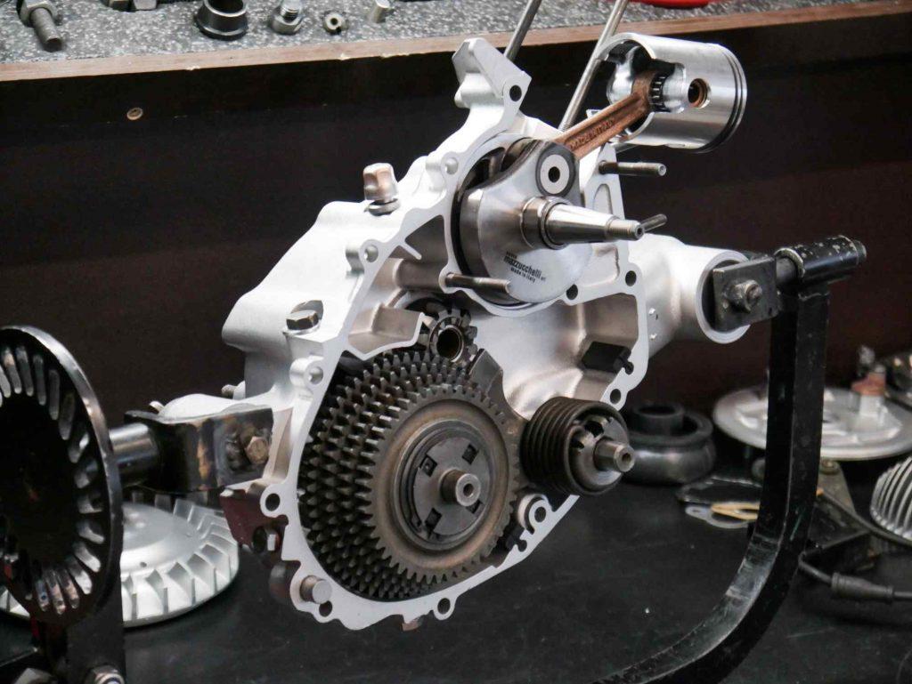 Getriebe Kurbelwelle Kickstarter Vespa PK 50 Motor mit 130 ccm Polini