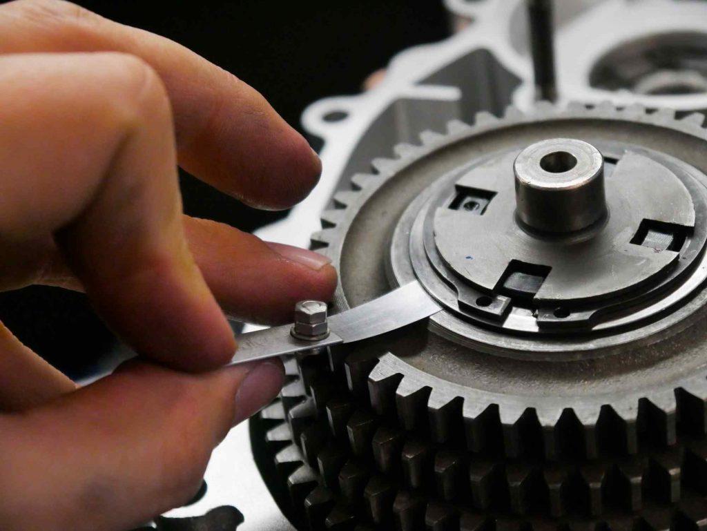 Getriebe ausdistanzieren an Vespa PK 50 4 Gang Motor