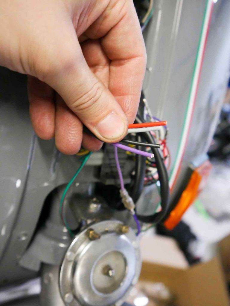 Kabel für Kontrollleuchten im Lenker an Vespa PK 50