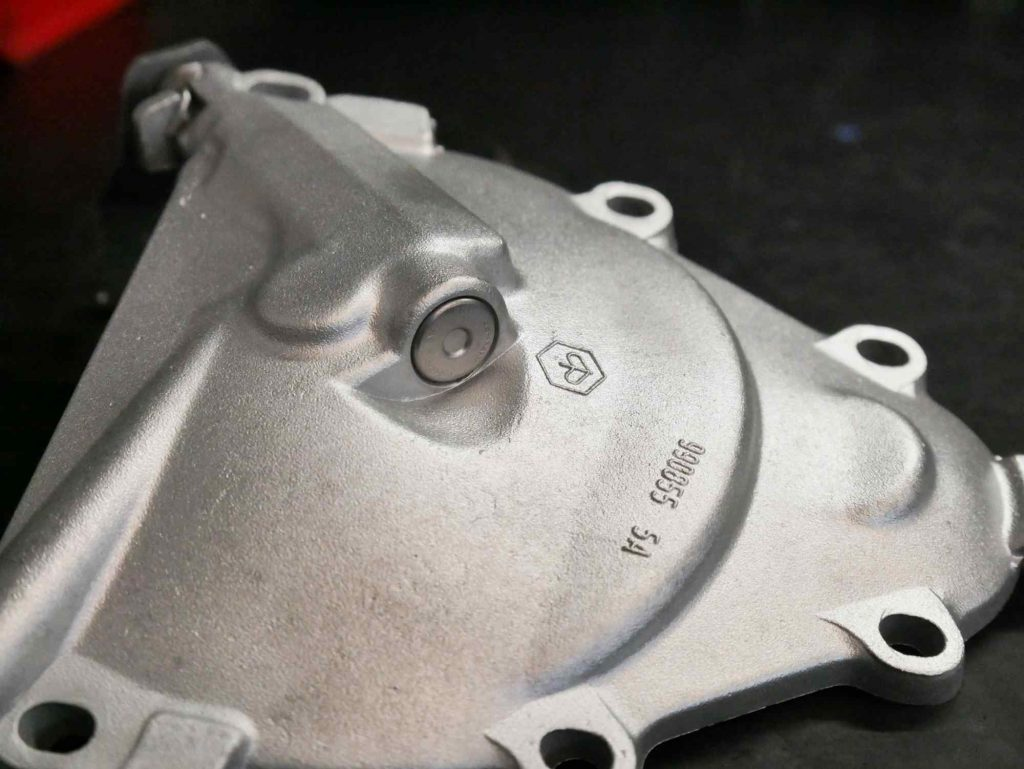 Kupplungsdeckel mit Glasperlen gestrahlt Vespa PK 50