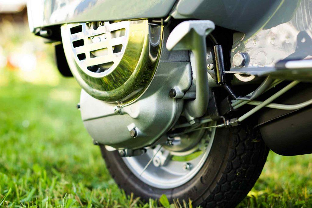 Motor Vespa PK 50 nach perfekter Restauration und Motorrevision mit Glasperlstrahlen
