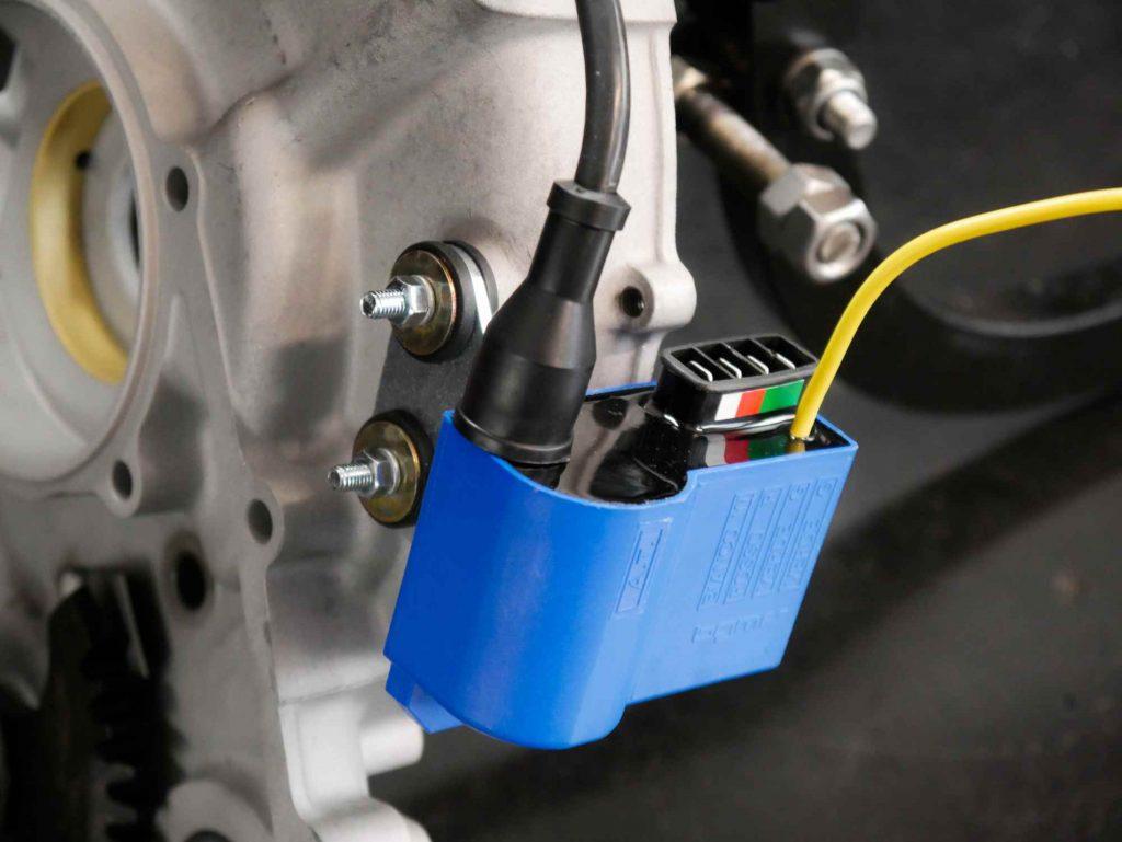 Neue CDI bei Vespa Motor überholung