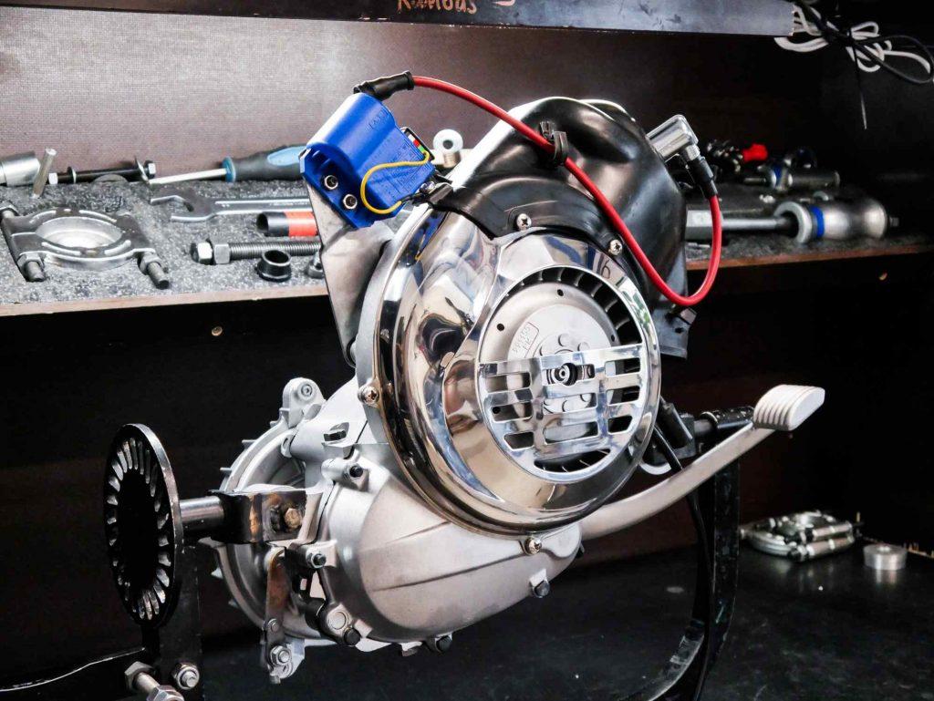 Perfekt restaurierter revidierter Vespa PK 50 Motor