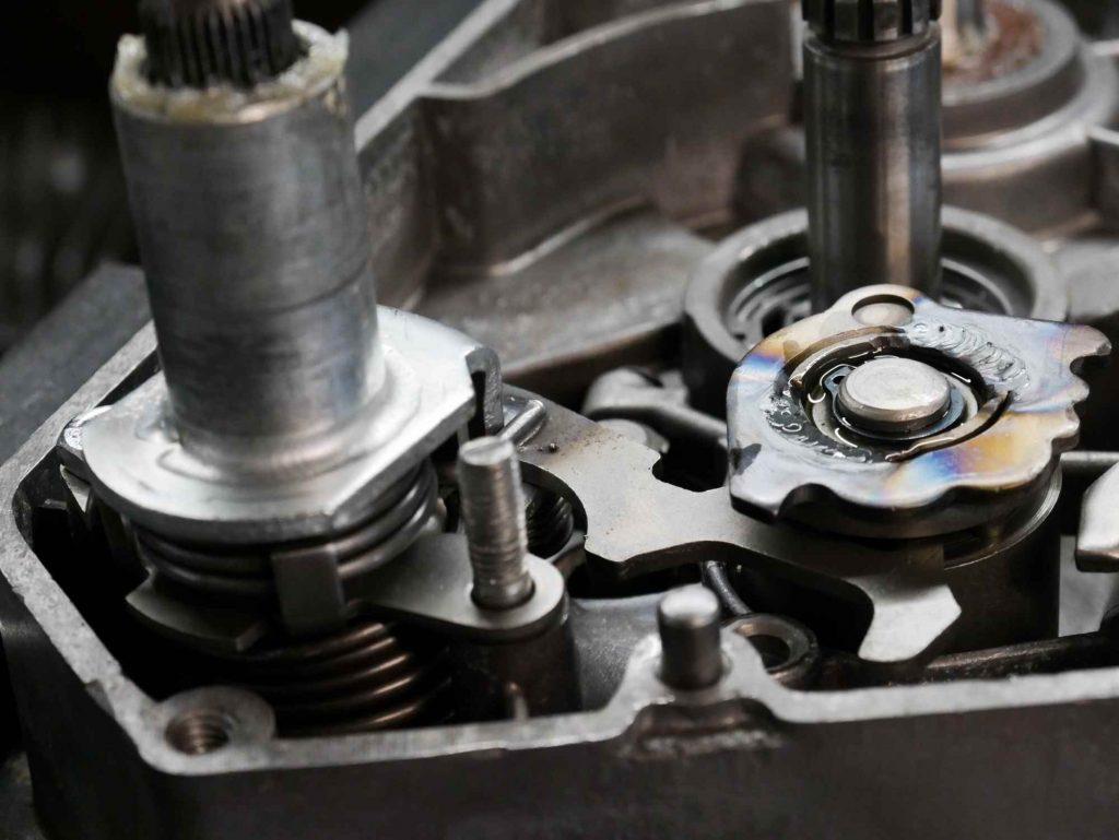 Simson Schaltautomat an Motor