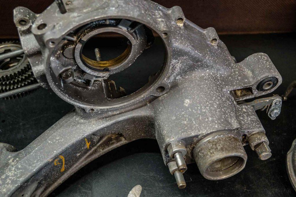 Vespa 125 TS Motor vor dem strahlen