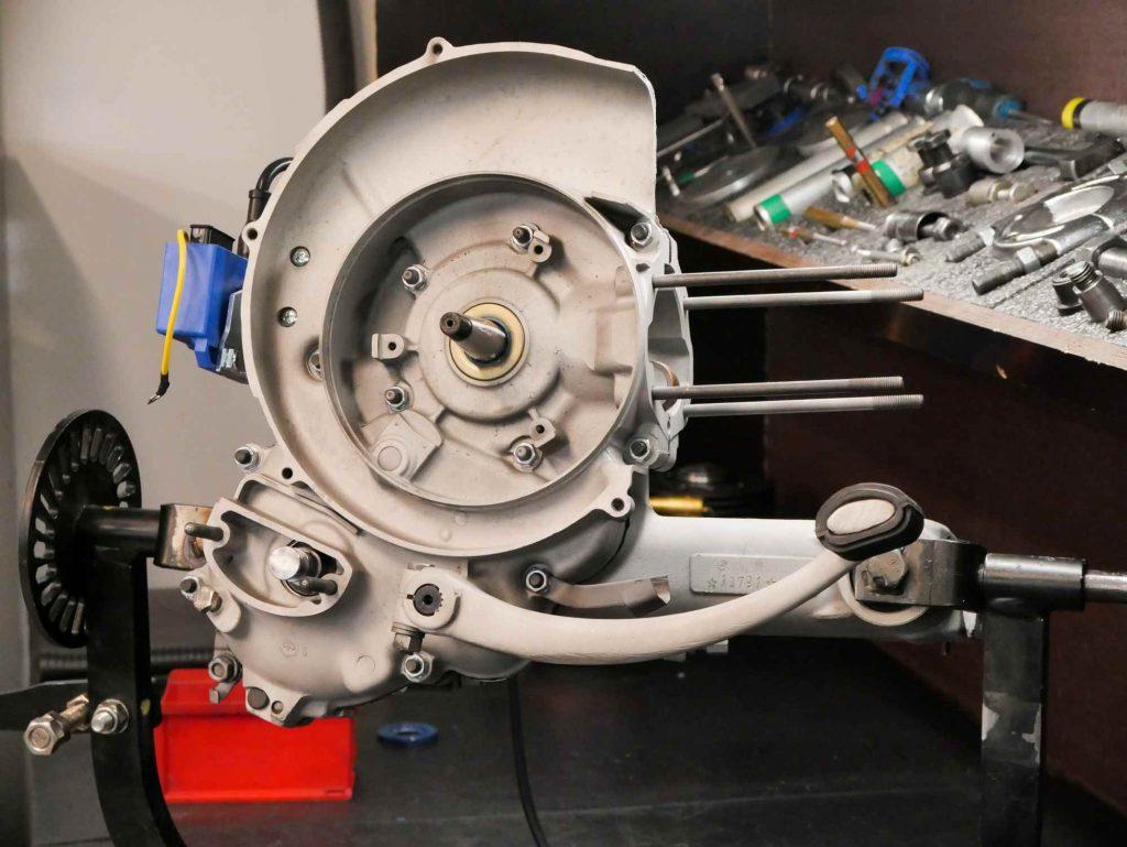 Vespa Motor überholen halb fertig kompletter Motorblock