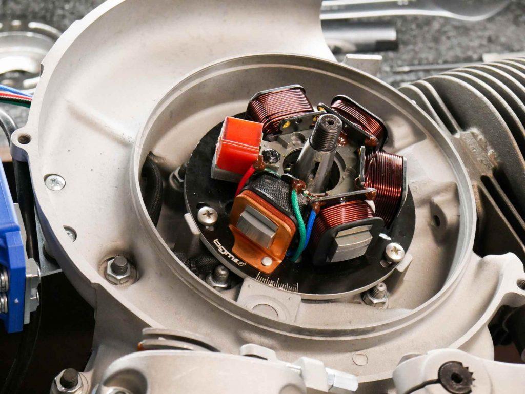 Vespa Motor überholen mit neuer Zündgrundplatte Elektronik BGM
