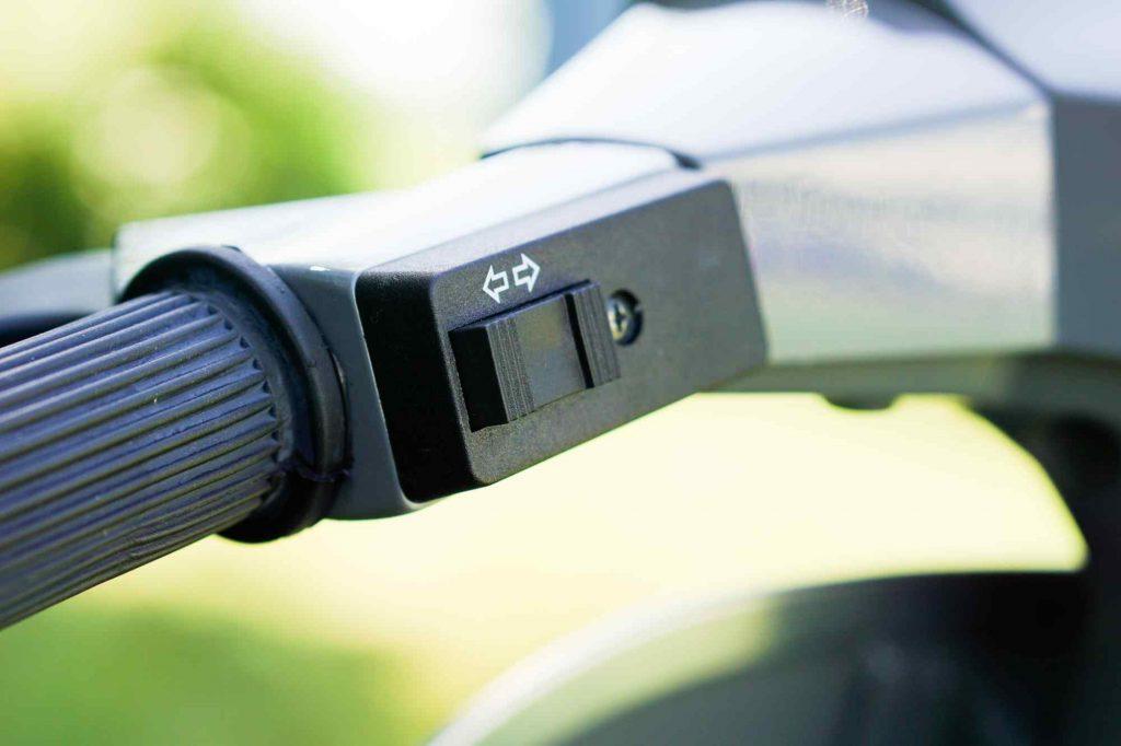 Vespa PK 50 Blinkerschalter am Lenker