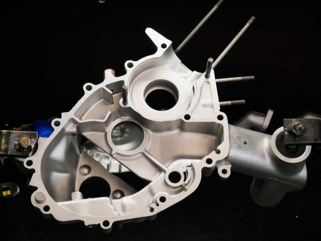 Vespa PK 50 Linkes Motorgehäuse bei Motorrevision