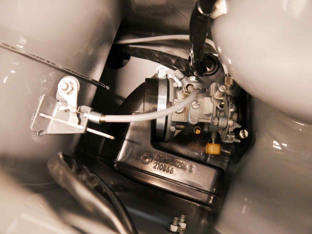 Vespa PK 50 Vergaser mit Luftfilter und Zügen