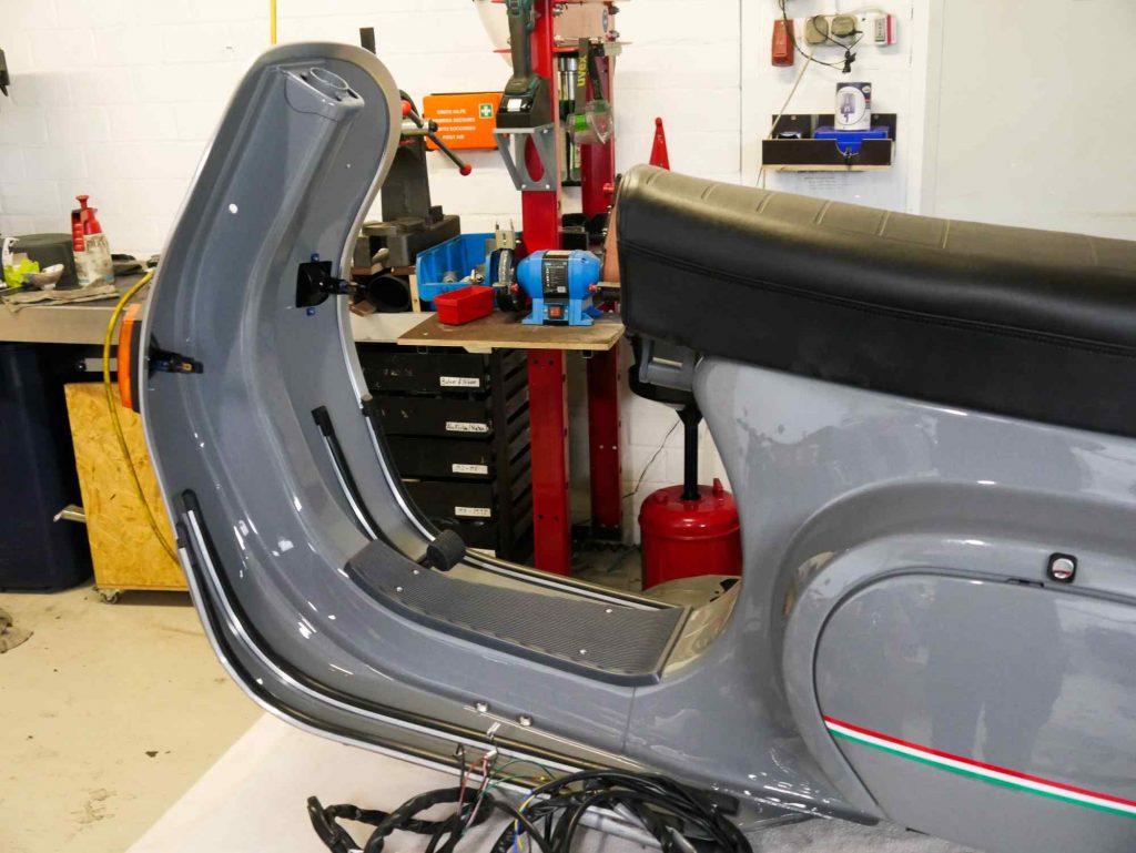 Vespa PK 50 aufbau Montage während Restauration