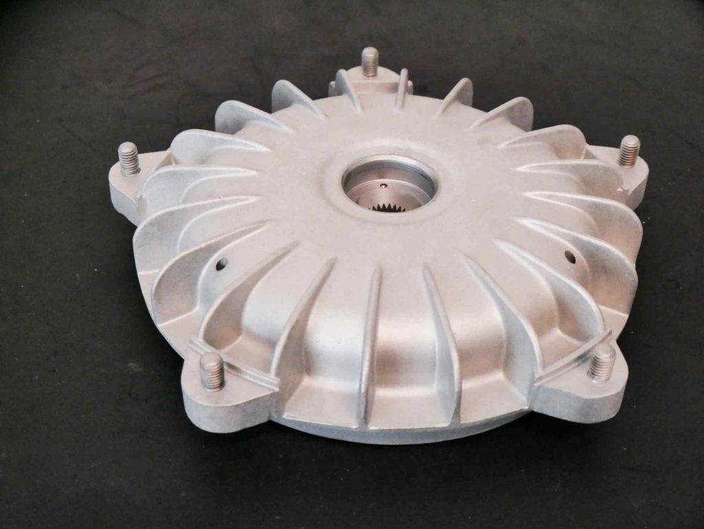 Vespa GS 4 Bremstrommel Glasperlen gestrahlt