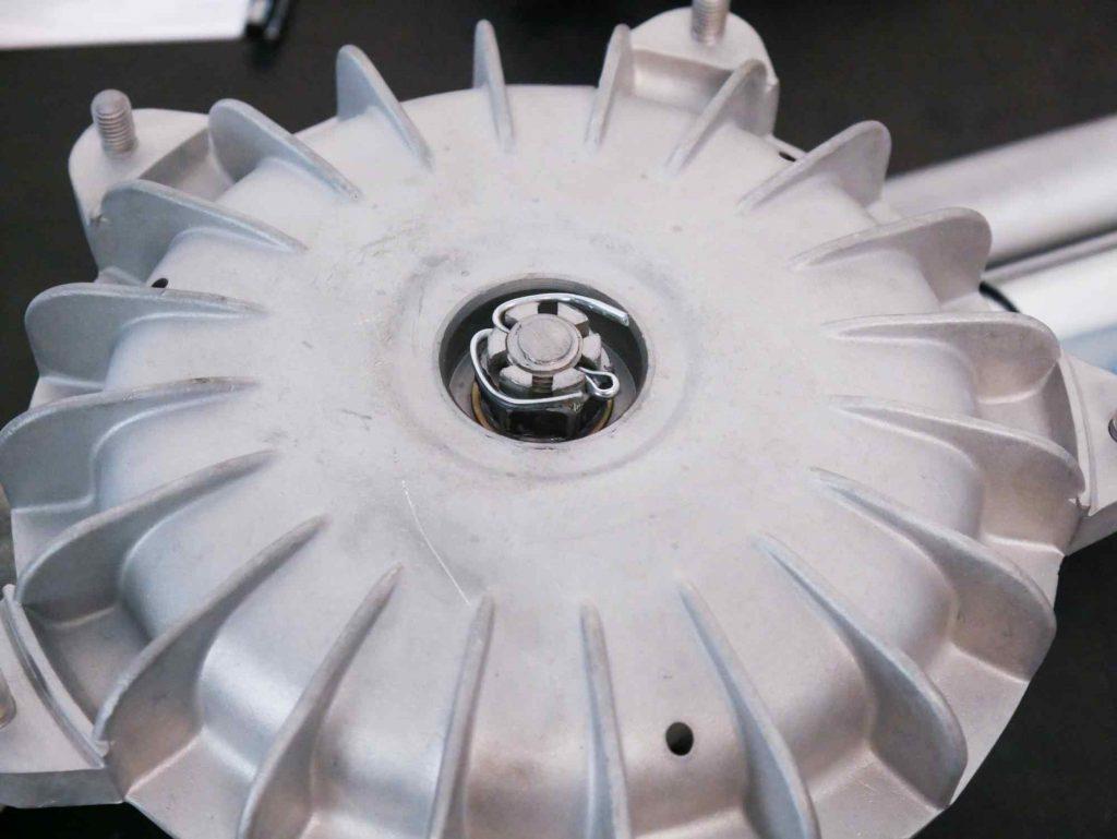 Vespa GS 4 Bremstrommel mit Splint geischert