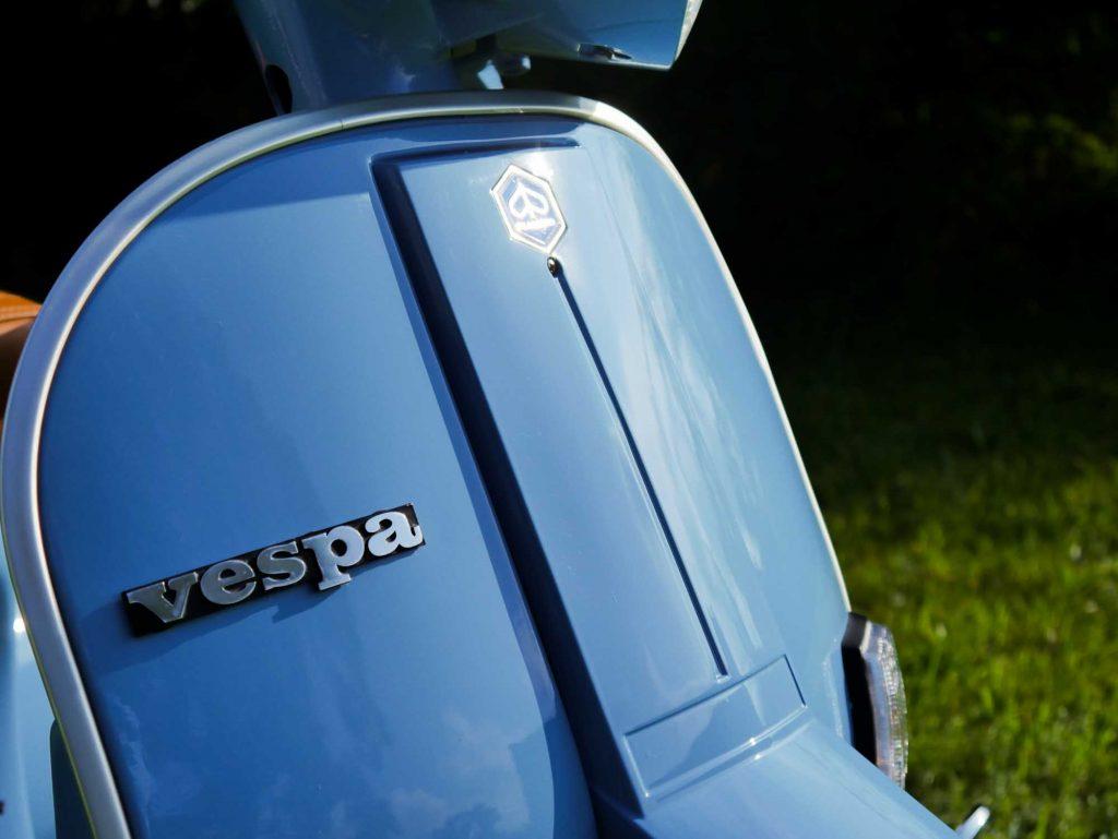 Beinschild Pastellblau Vespa PK 50