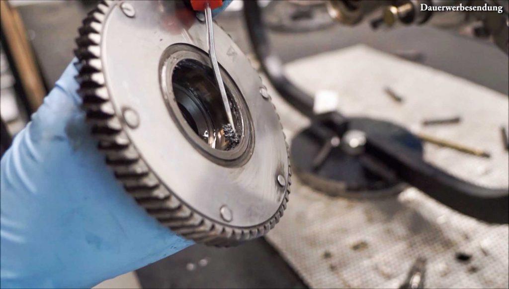 Nut Nebenwelle Primärdämpfer voll mit Metallspänen PX 200 Motor Motorschaden