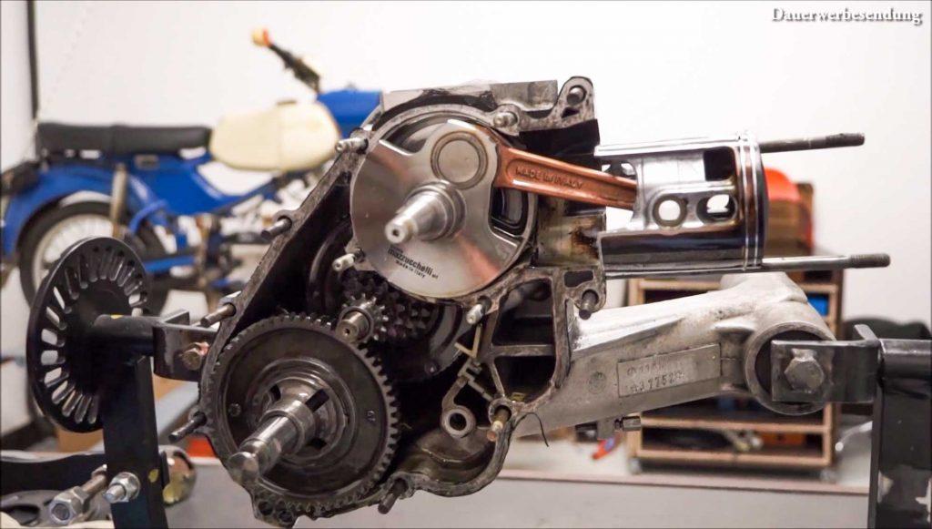 Offener Motor PX 200 Motor Motorschaden