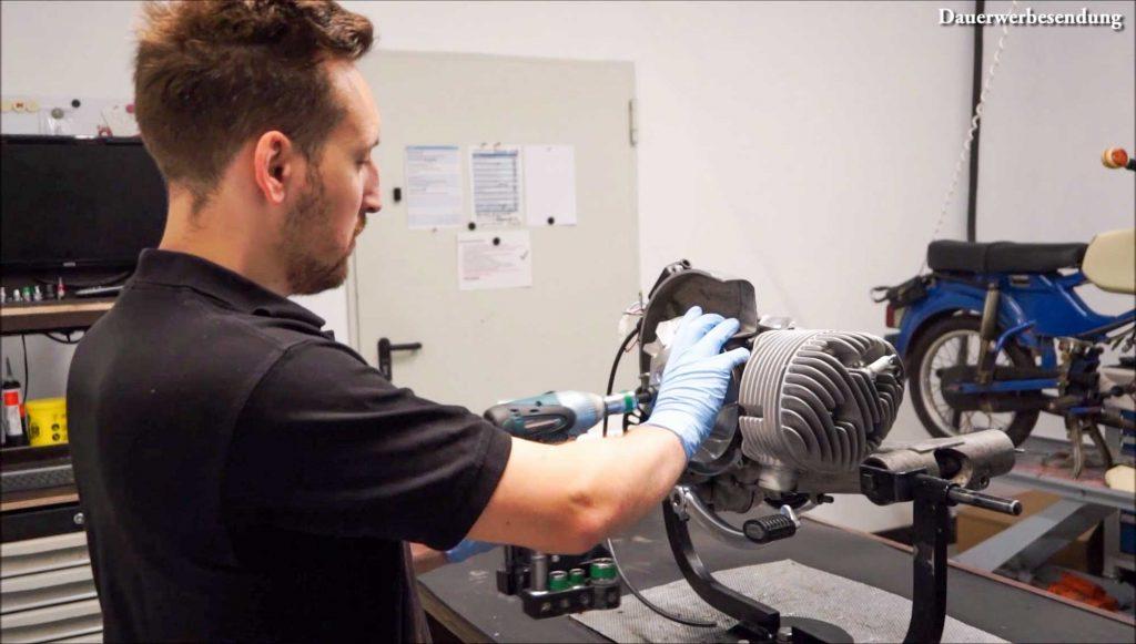 Polrad abschrauben PX 200 Motor Motorschaden