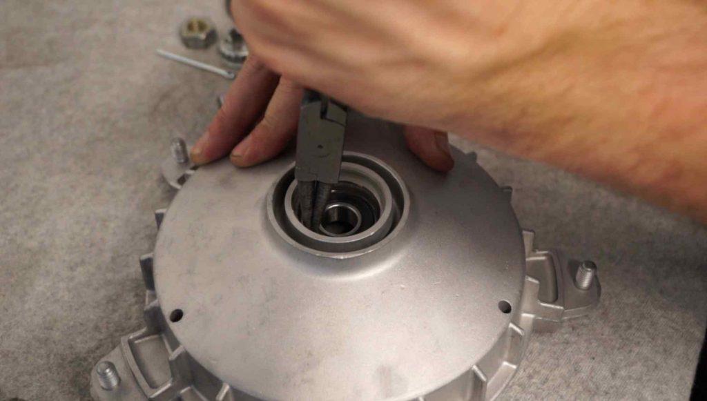 Sichern Radlager Vespa PK Bremstrommel