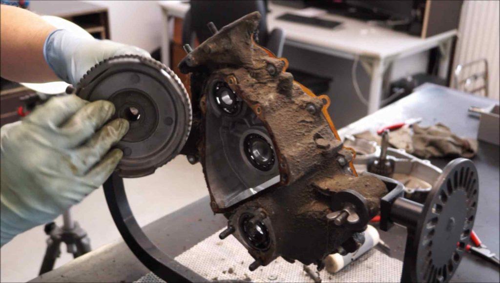 Vespa PK 50 Motor Kupplungskorb ausbauen