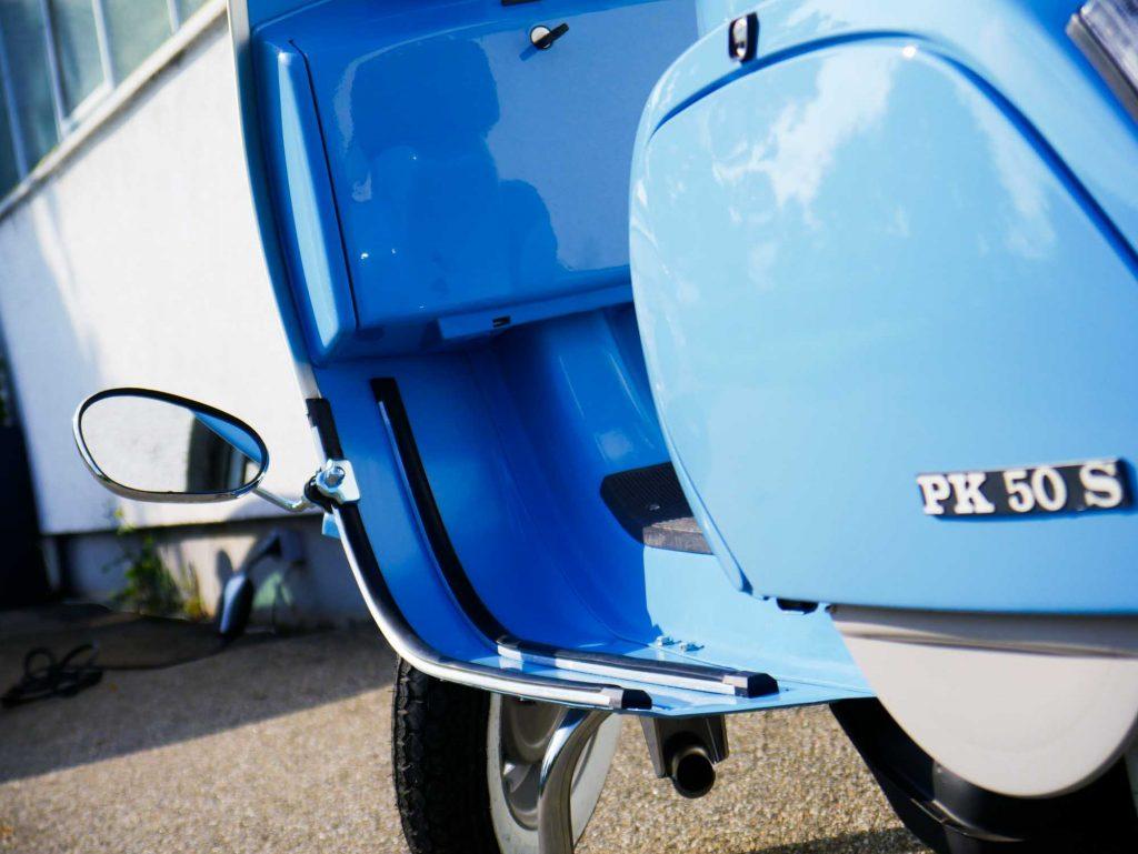 Vespa PK50 Pastellblau restauriert